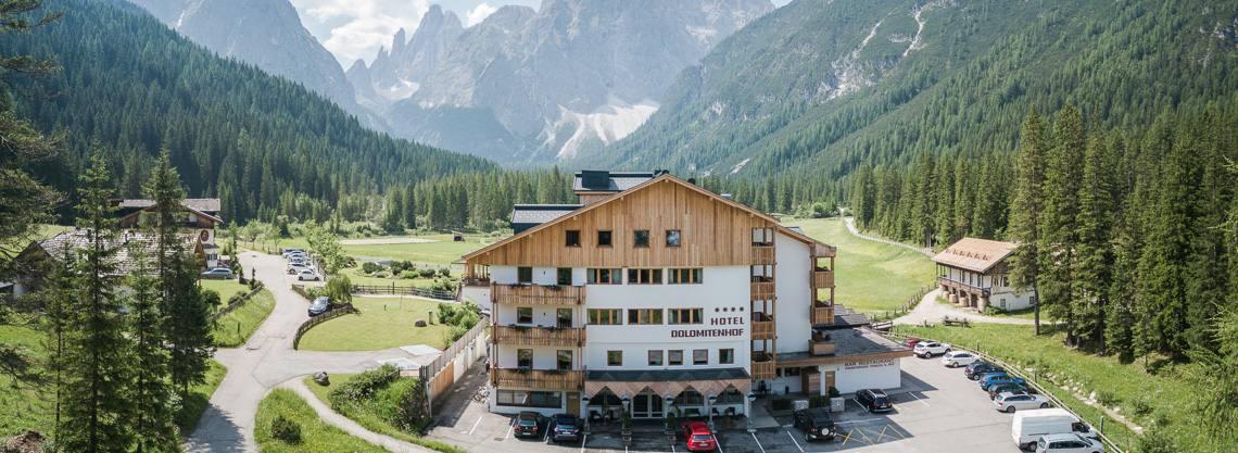 Hotel Dolomitenhof & Chalet Alte Post